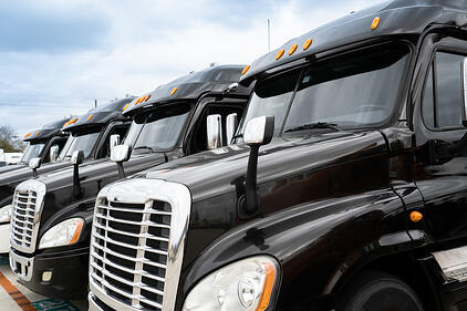 what does a freight broker do