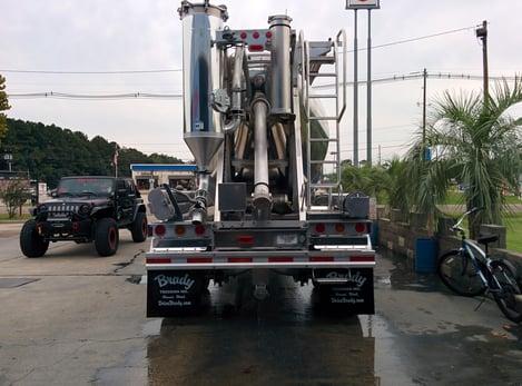 dry-bulk-trucking